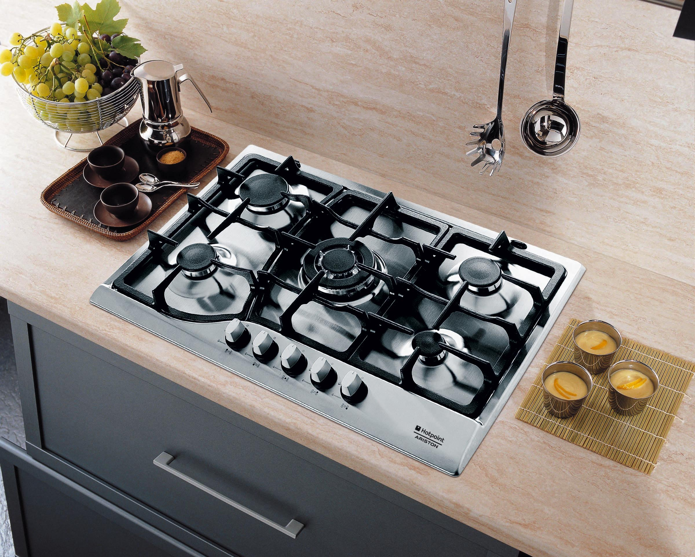 Kitchen Gas Hob ~ The hotpoint newstyle collection of kitchen appliances