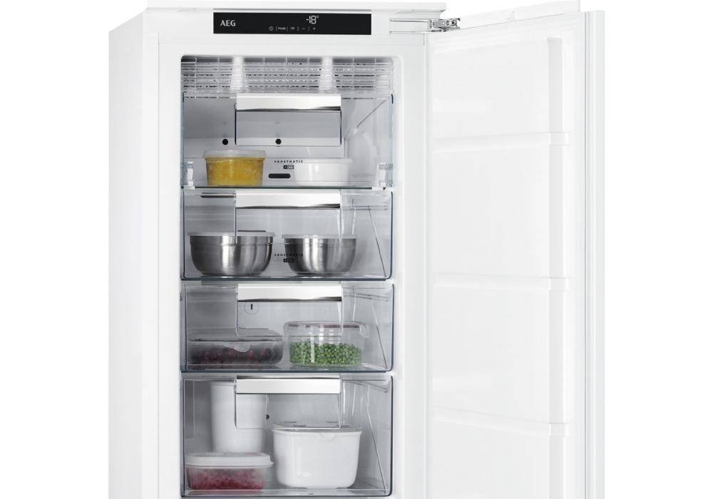 AEG Integrated Freezers