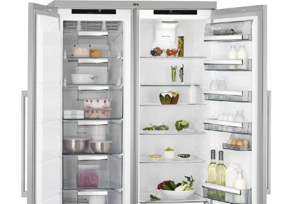 AEG Side by Side Fridge Freezers