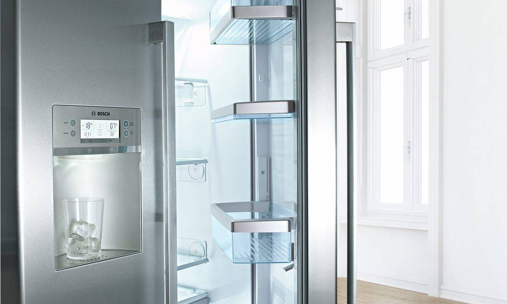 Bosch American-style Fridge Freezers at Dalzells