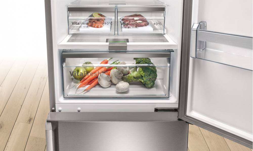Bosch Built-in Fridge Freezers at Dalzells