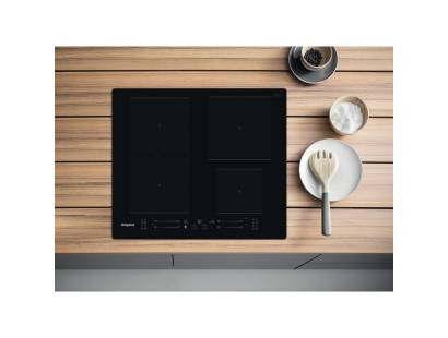 Hotpoint TS5760FNE