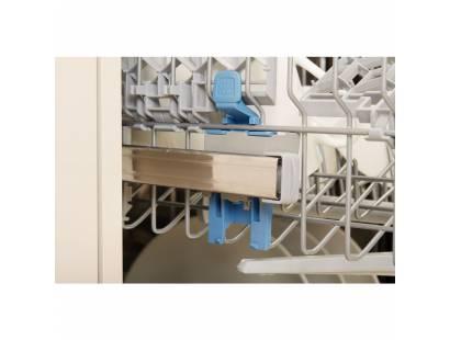 Indesit DFP27B10 Dishwasher