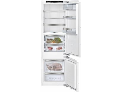 Siemens iQ700 KI87FPF30 Built-in Fridge Freezer