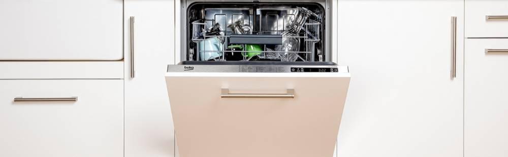 Beko Freestanding Dishwashers at Dalzells