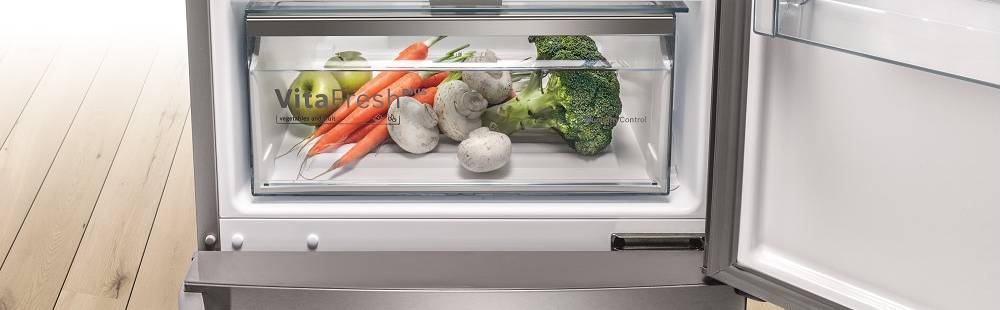 Bosch Built-in Fridge Freezers at Dalzells